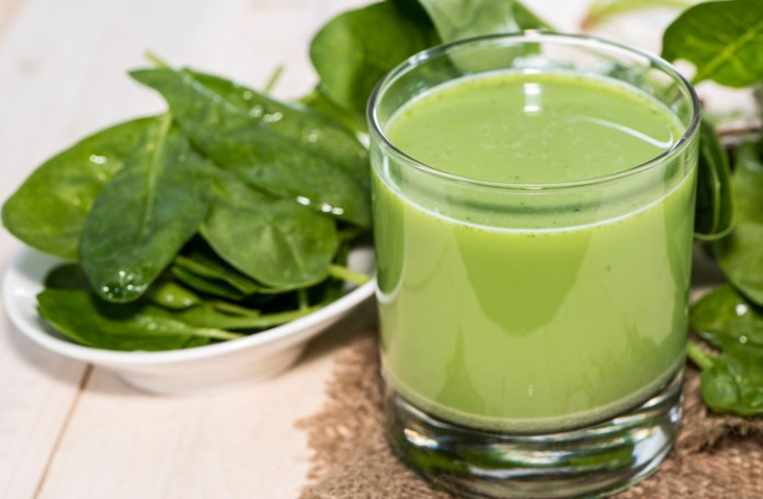 Fight Bad Breath Naturally With This Green Drink