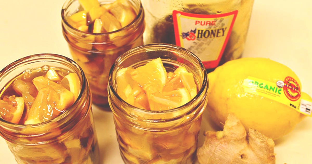 You are currently viewing How to Make Honey Ginger Lemonade for Colds and Sore Throats