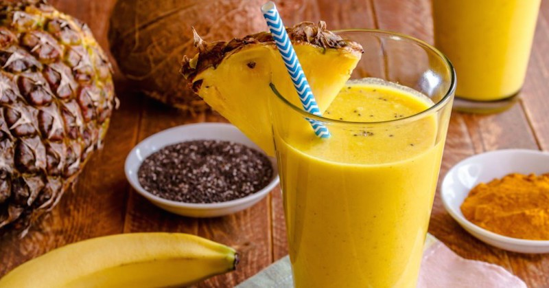 You are currently viewing This Rich Pineapple Smoothie With Turmeric Powerfully Relieves Inflammation!