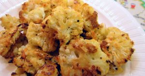 Read more about the article This Balsamic & Parmesan Roasted Cauliflower Is Addictive