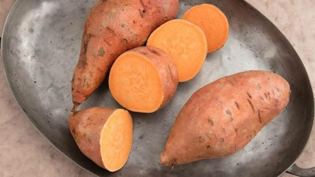 Sweet Potatoes Have Twice the Fiber, Twice The Calcium And Vitamin A Than White Potatoes