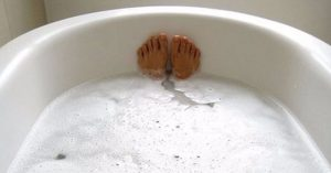 Read more about the article New Study Claims Taking a Hot Bath is The Equivalent Calorie-Wise Of A 30-Min Walk