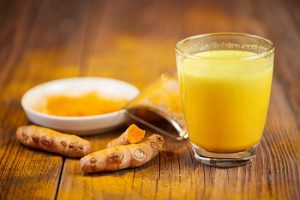 Homemade Turmeric & Ginger Tea to Prevent Heart Disease, Lowers Cholesterol and Improves Your Brain Health
