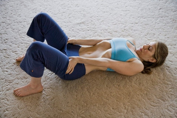 You are currently viewing Vacuum in The Belly – Get a Thinner Waist and Flat Stomach With This Simple Exercise